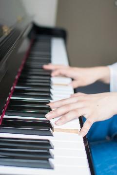 ピアノ240x360.jpg