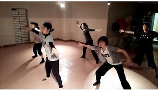IZUMI dance001.jpg