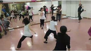 IZUMI dance002.jpg