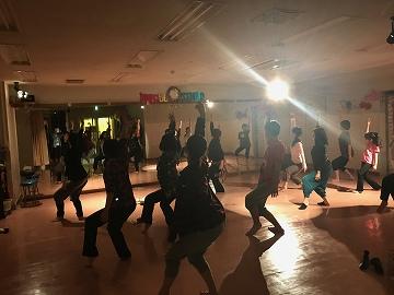 IZUMI dance006.jpg