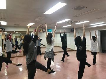 IZUMI dance008.jpg