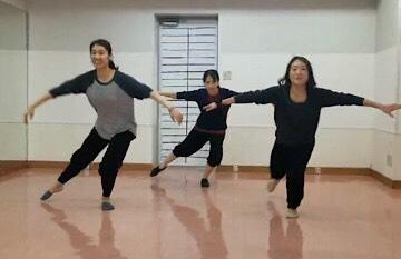 IZUMI_dance015.jpg