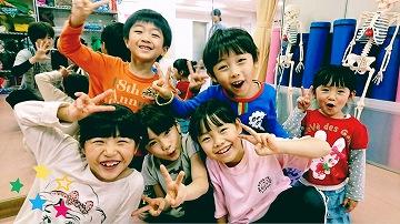 kids_sat005.jpg